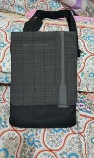HP Messenger Bag
