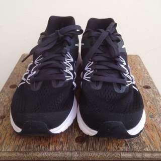 Sepatu Lari Nike Zoom Winflo 3 ORI