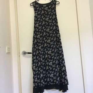 Vintage patterned black dress