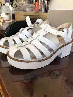 Windsor Smith Lily White Leather Sandals worn once