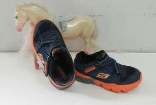 Sepatu anak cowok skechers go run