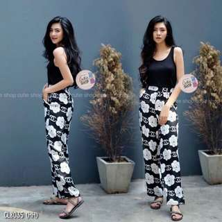Set black blouse and chanel pants  shop to fashion