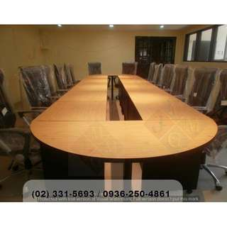 Arrange.able Conference Table ( Office Partition )
