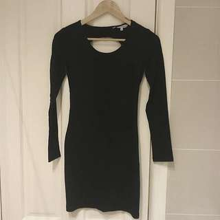 NEW L/S Dress With Back Cut-out