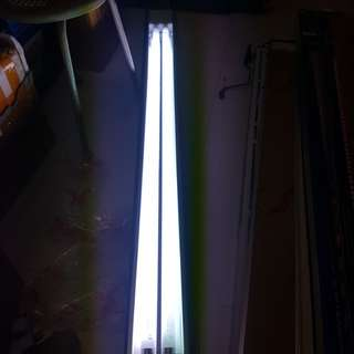 CLEARANCE SALES!!! NEW T8 x 2 tubes fish tank light for SALES!!! Cheap & Good!!!