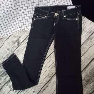 【出清】黑色牛仔低腰長褲