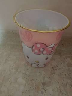 Hello Kitty Pink Dustbin Better Than Melody Trolls Poppy Pooh Tsum