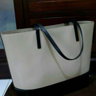 Kate spade tote bag authentic