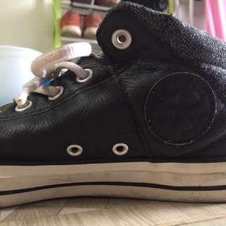Converse size 41,5 leather oke banget original