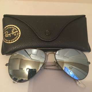 Authentic Ray-Ban Aviator Gunmetal Silver Flash Lenses