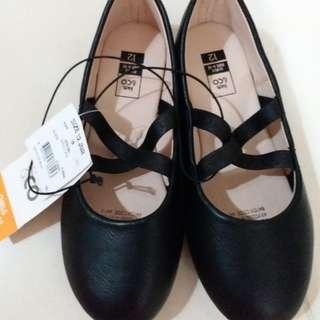 全新澳洲牌子黑鞋