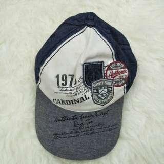 Topi cardinal