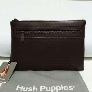 Clutch Hush Puppies Ori New size 26.5x18cm. Ex kado, warn dark brown