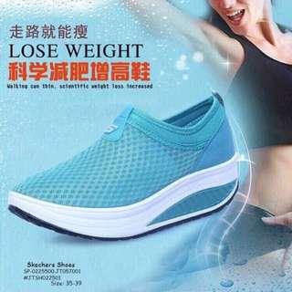 Skechers shoes size : 35-39