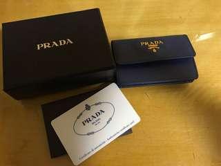 Prada card holder 95%new