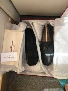 Salvatore Ferragamo 黑色皮鞋