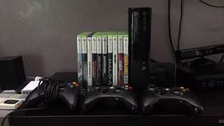 Selling xbox 360 with 3 controllers, 10 games, kineck and 250gb hard drive