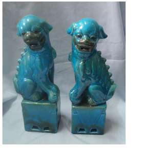 "Vintage porcelain foo dogs hand painted pair turquoise 13"" H c.mid 1930s unused"