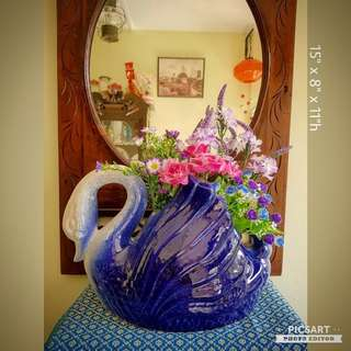 1970s Blue Swan Flower Pot. Refer to photo for dimensions. Good & Clean Condition no chip no crack. $10 Clearance Offer, sms 96337309.