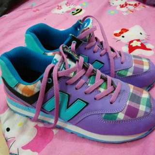 I02 Sepatu New Balance