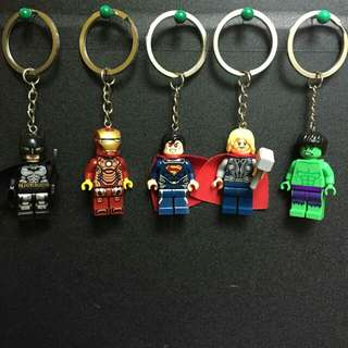 MINIFIGURES WITH KEYCHAIN (AVAILABLE NOW)
