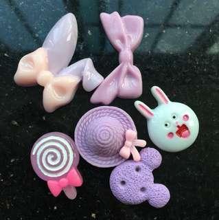charms !! // $1.50 for 2 // rlly big charms