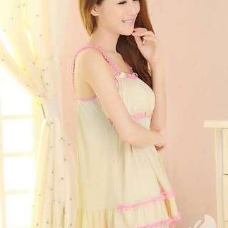 Lingerie babydoll pink