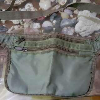 Waist pouch ( secret place)good for trav