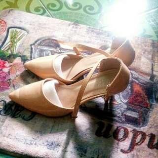 Apricot / Nude Stiletto / Heels