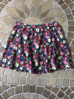 Forever21 floral skirt