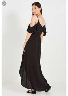 Black maxi dress (cold shoulder)
