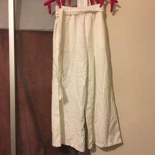 白色闊腿褲