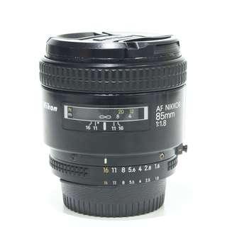 Nikon AF 85mm F1.8 Lens