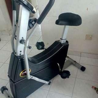 Trax dual action bike