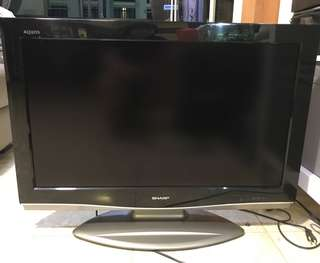Sharp 32inch LCD TV (good condition)