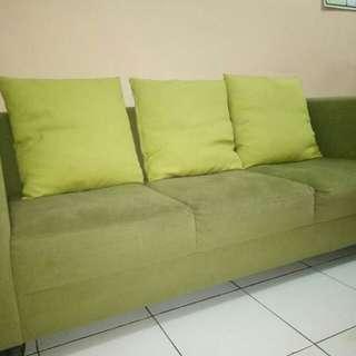 Green sofa import material beli di eropa