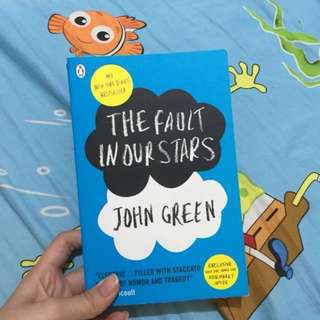 (Preloved) The Fault in Our Stars (English Version)