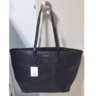 Black mango bag at $20 (Cny clearance)