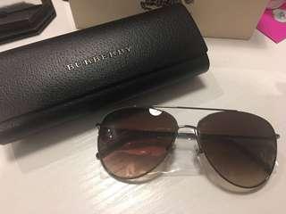 Burberry 全新 太陽眼鏡