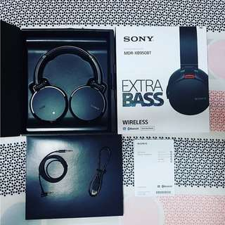 XB950BT EXTRA BASS™ Wireless Headphones