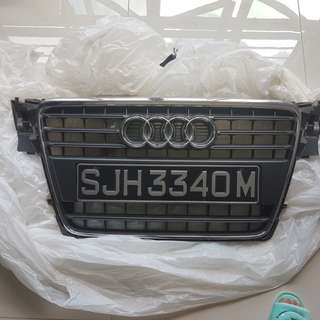 Audi a4 b8 original grilles for sale