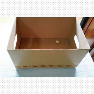Sale.Storage Box with lid from Japan