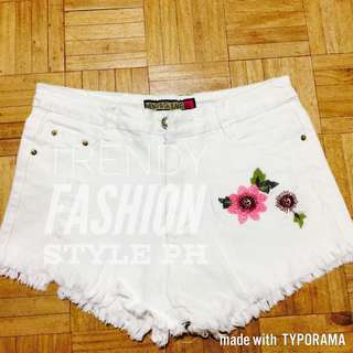 Sexy high waisted shorts (embroidered)