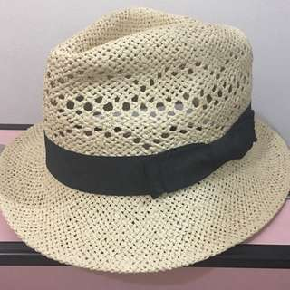 Beach hat 2 for 300