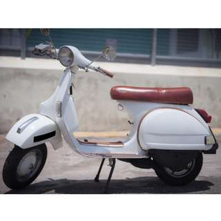 Vespa 1984 Vintage 200cc, 5,000km