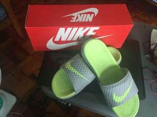 Nike Womens Benassi Solarsoft