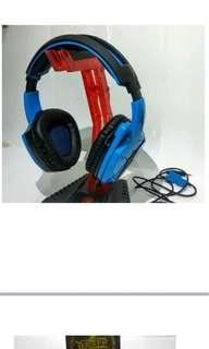 C03 Headphones