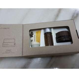 Innisfree jeju volcanic skin care travel kit set cleanser toner mask