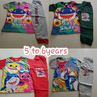 Babyshark pyjamas set