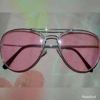 Kacamata pink kece
